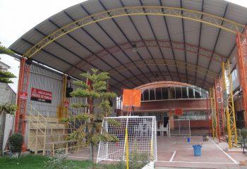 2 Coliseos para actividades deportivas y recreativas